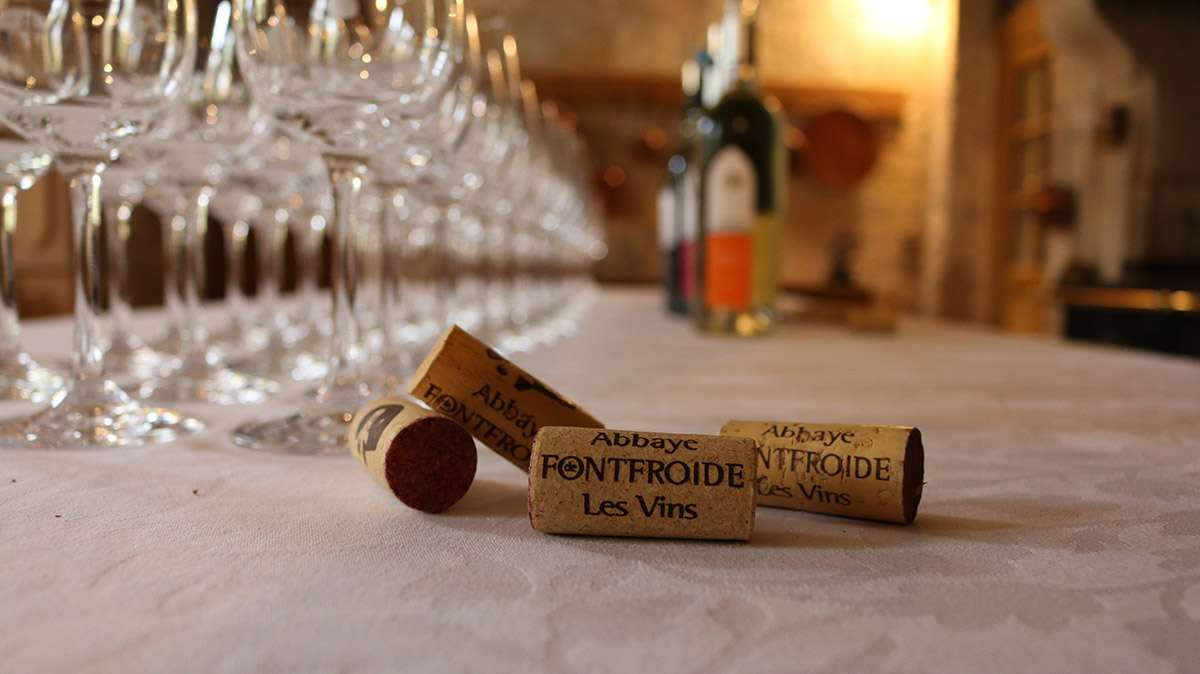 Les Vins de Fontfroide - Table de réception